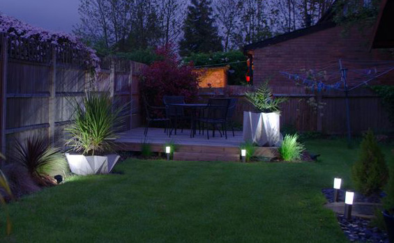 How to light up your garden with solar lights