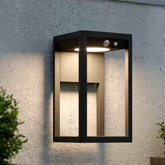Kingsbridge Solar Wall Light