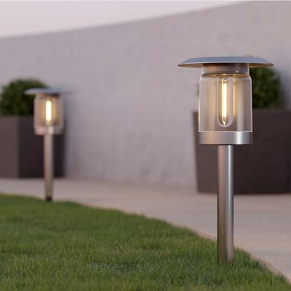 Newbury Solar Garden Lights (Set of 2)