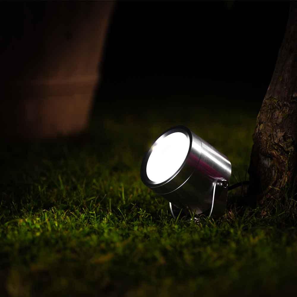 Albany Premium Solar Powered Outdoor Garden Spotlight