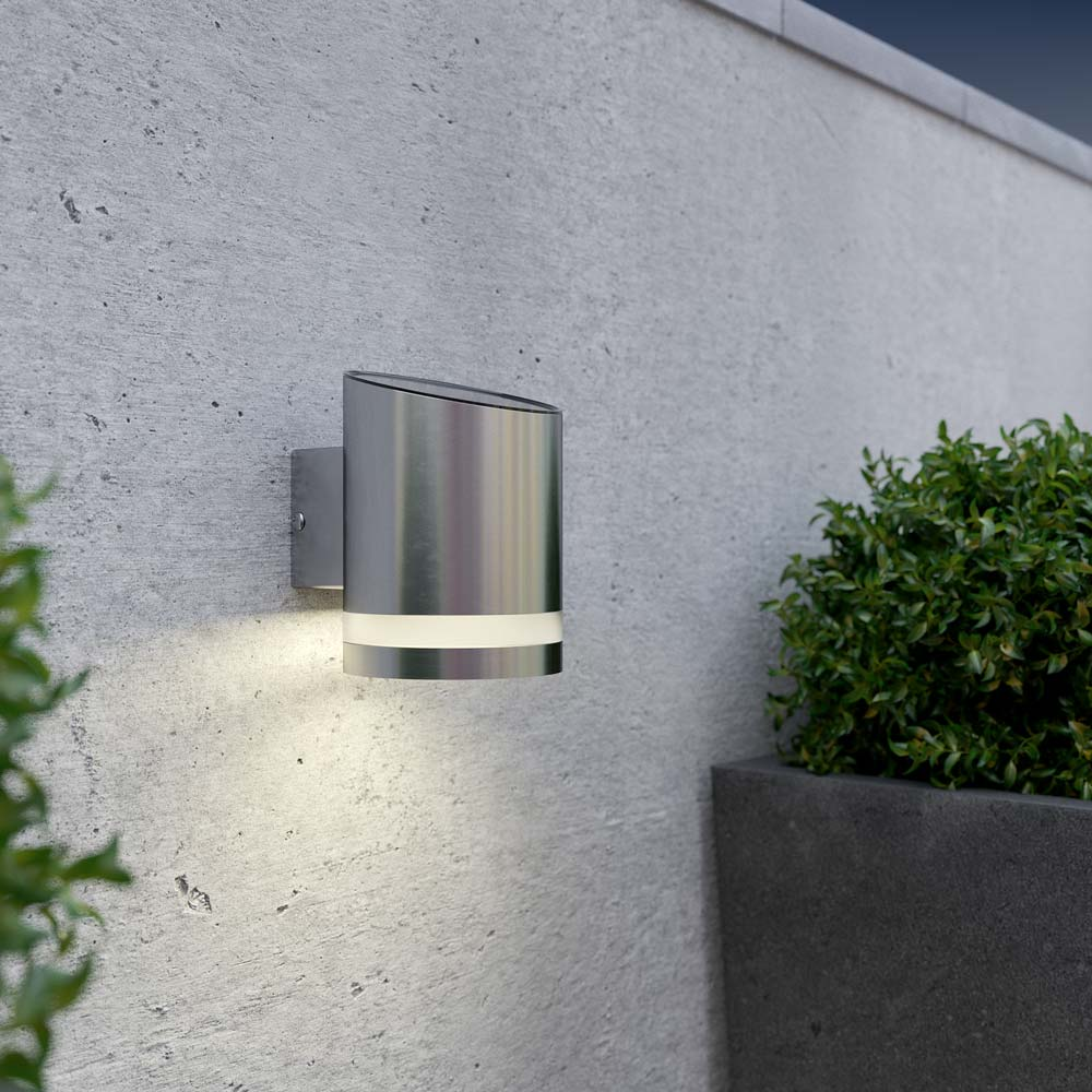Wall Mounted Solar Spot Lights : Truro Solar Wall Light